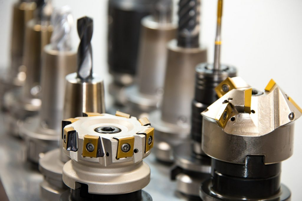Industriewerkzeuge und Zubehör